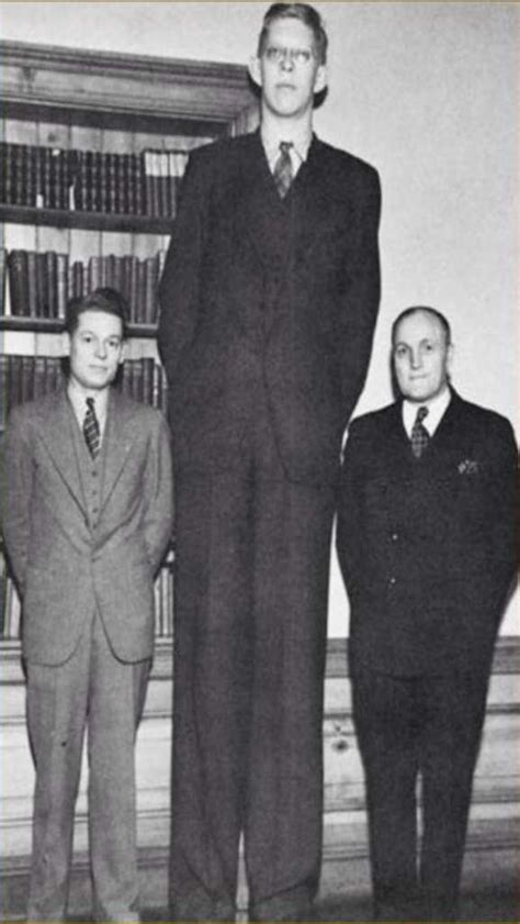 The story of Robert Wadlow, the tallest man who ever lived