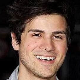 Who is Anthony Padilla Dating Now - Girlfriends