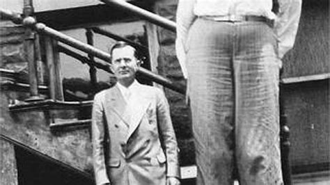 World's TALLEST MAN to have ever lived! (Robert Pershing