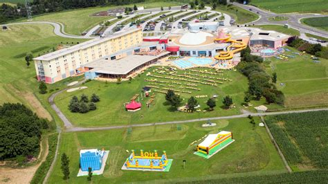Familien-Erlebnis-Therme | H2O Hotel-Therme-Resort