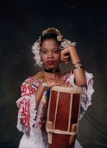 Traditional Pollera dress - we often see these costumes at