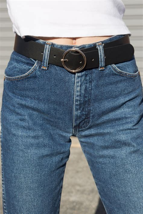 Black and Gold Circle Buckle Belt