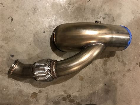 Turbo crossover and down/up pipe (through hood) for Trick