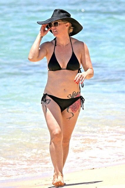 Jennie Garth Shows Off Her Giant New Rose Tattoo in a